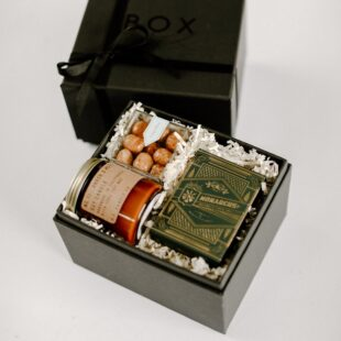 BoxFox Holiday Gifts for Engaged Couples